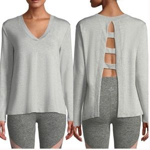 Beyond Yoga TIME TO SPLIT BACK PULLOVER Gray